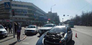 ДТП на ул.Я.Коласа в Минске. «Слона-тояинеприметила…»