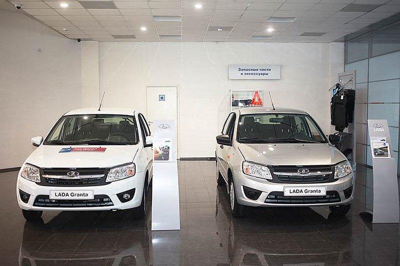 АвтоВАЗ отзывает 106,7 тысяч Lada Kalina и Granta