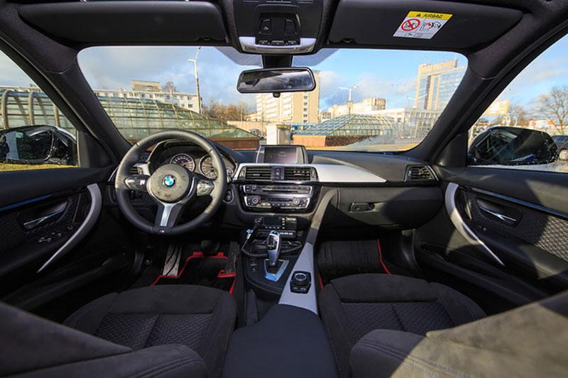 «Стрела» получила BMW 3-й серии за 1 рубль