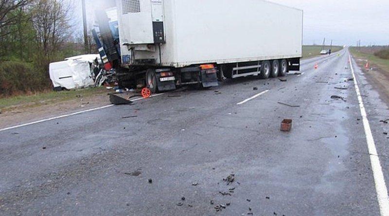 Столкновение фуры и микроавтобуса в Славгородском районе