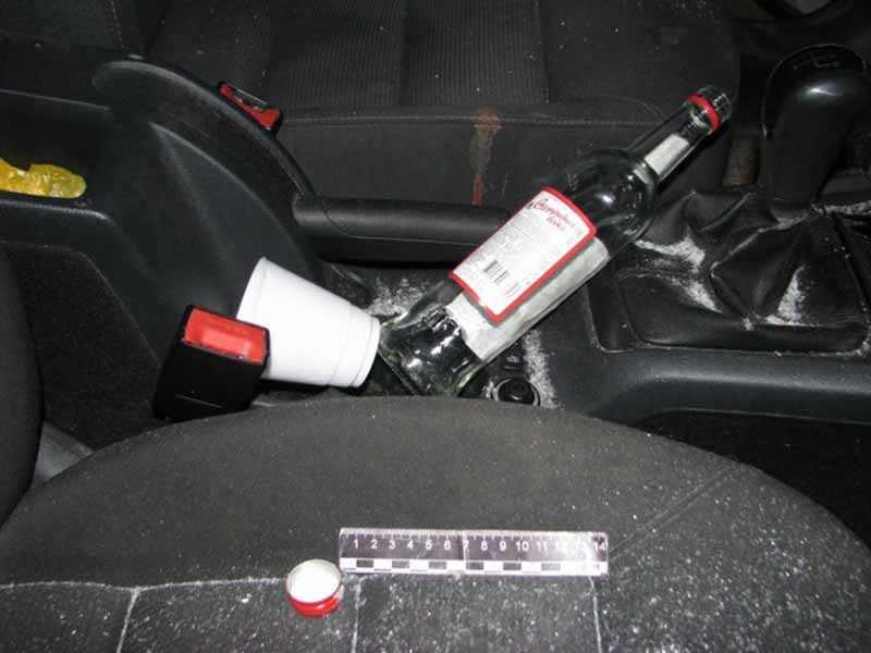 В Крупском районе пьяный водитель сбил двух пешеходов