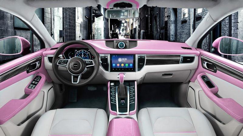 "Клон ""Porsche Macan"" стал розовым"