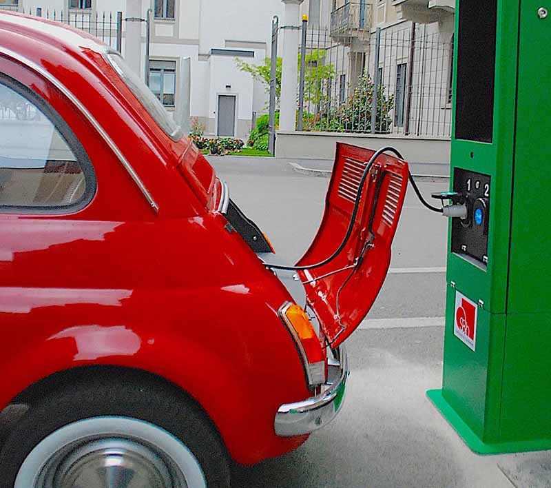 Итальянцы электрофицируют классику
