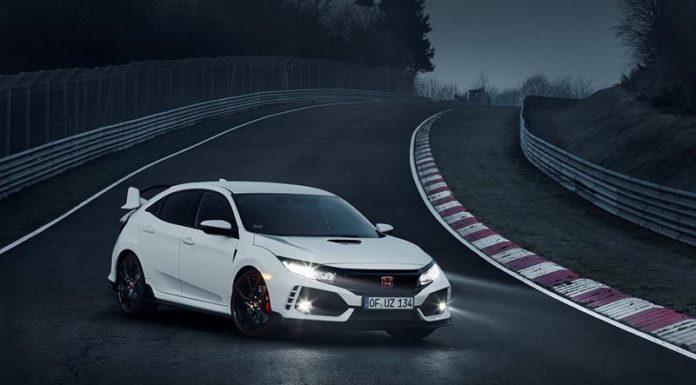 «Горячий» Honda Civic вновь первый на Нюрбургринге