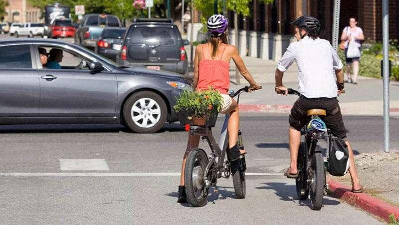 В Сан-Франциско меняют старые автомобили на новые велосипеды