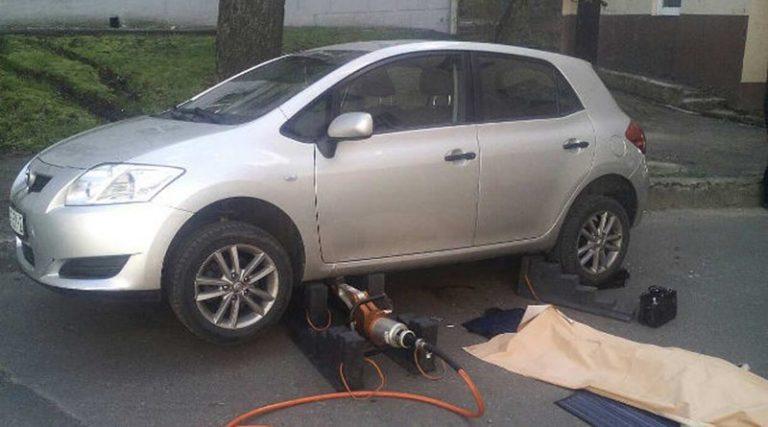 В Витебске пустой автомобиль сбил насмерть пенсионерку
