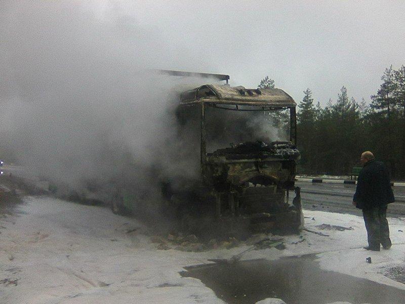На трассе Минск-Витебск горела фура