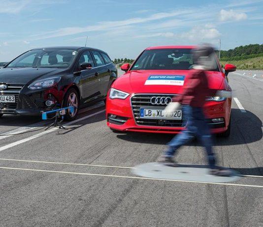 В экстренной ситуации многие автомобили смогут затормозить самостоятельно