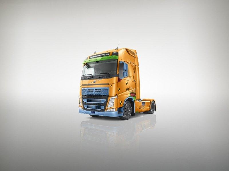 Volvo Trucks «Отчет о безопасности-2017»
