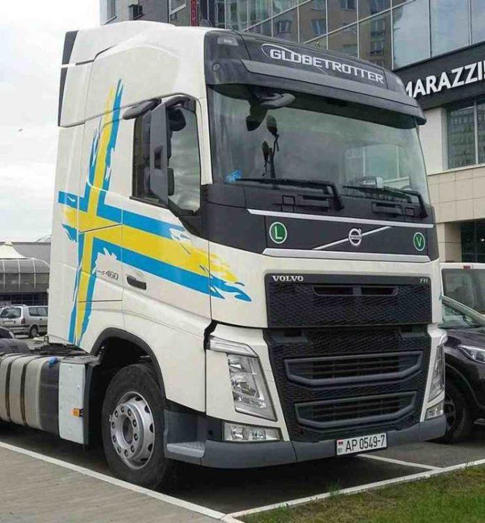 После «БАМАП-2017» грузовик Volvo FH в шведском стиле отправится на День шведской культуры