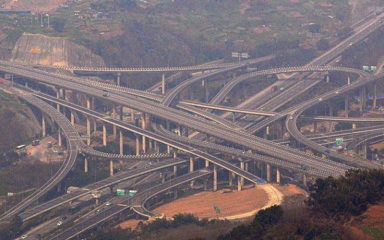 В Китае построили пятиуровневую развязку