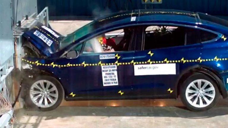 Tesla Model X получила наивысшую оценку на краш-тестах NHTSA