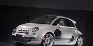 Тюнеры скрестили Fiat 500 с Alfa Romeo 4C