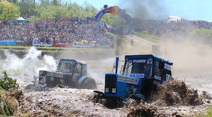 В Ростове-на-Дону состоялись гонки на тракторах.