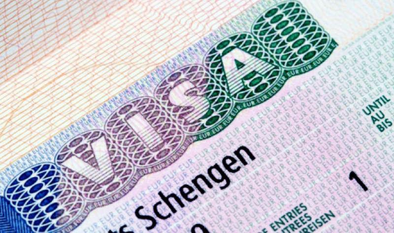 Шенгенскую визу будут оформлять за 80 евро и на период до 5 лет