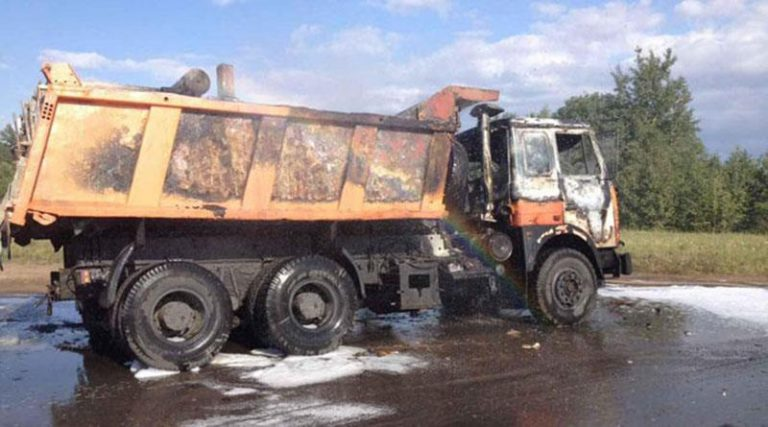 В Минском районе горел грузовик
