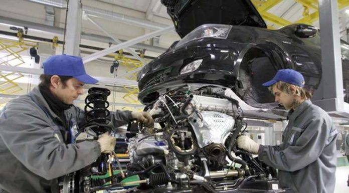 """В августе новый завод """"БелДжи"""" начнет производство серийных авто"""