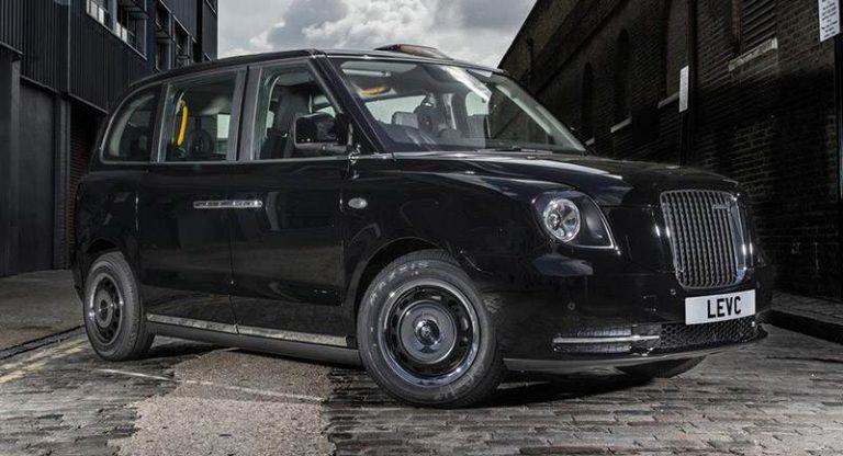 Новое лондонское такси начнет работать с августа