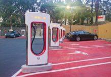 Владельцам TESLA можно будет установить зарядные станции дома