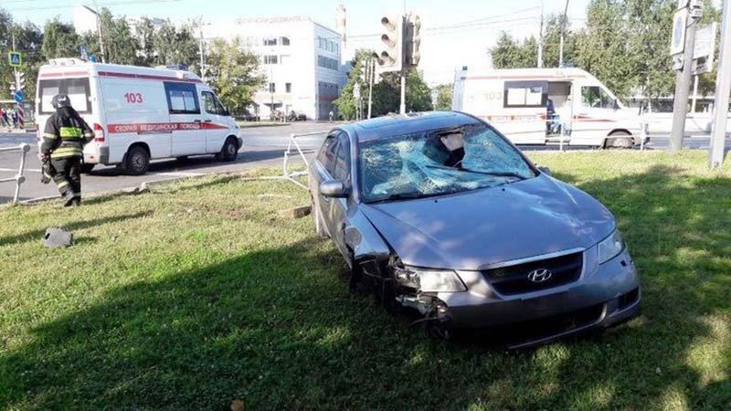 В Москве «Хундай» на высокой скорости сбил на пешеходном переходе гомельчанку с ребенком