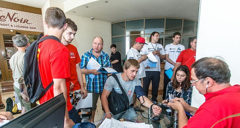 Ралли-рейд «Великая степь - Волга»: открытие и первый этап