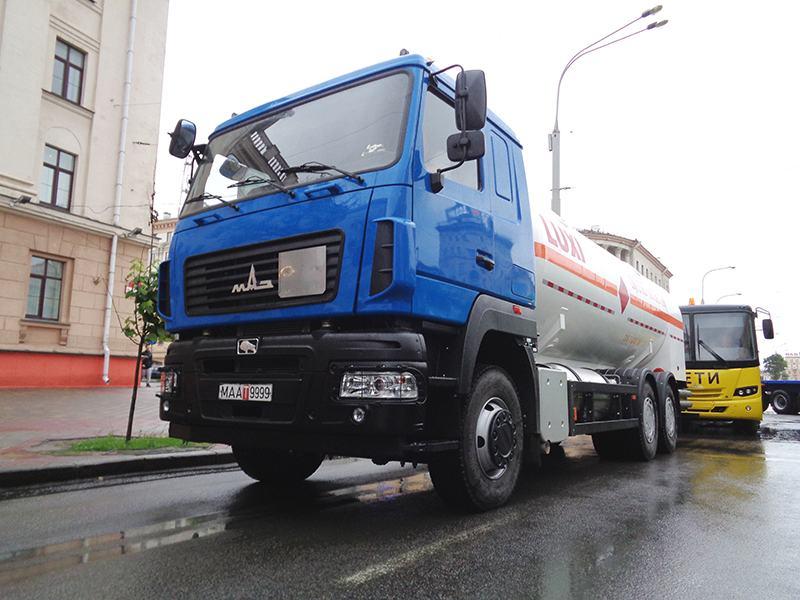 МАЗ-6501Y8 – новый автотопливозаправщик Минского автозавода