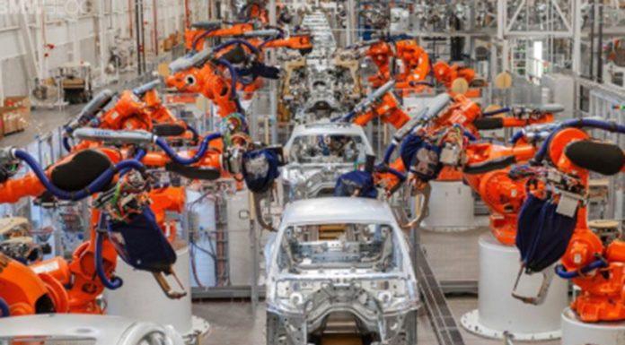 BMW планирует создать универсальный конвейер