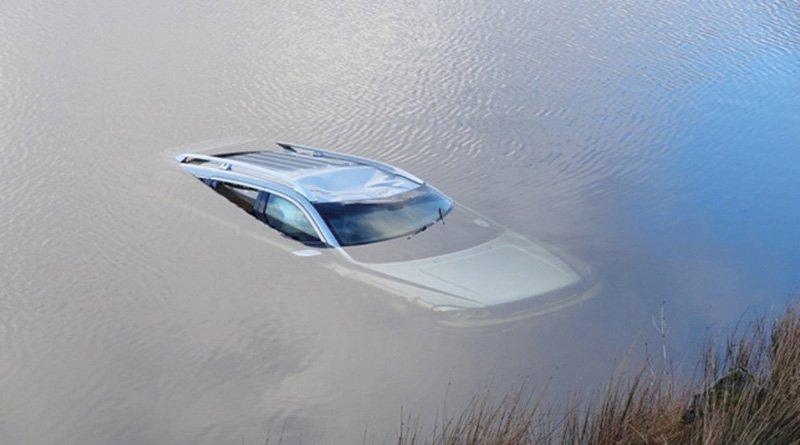 В Шумилинском районе в автомобиле утонул водитель