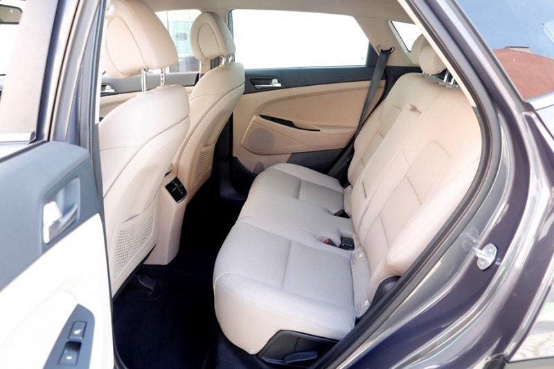Hyundai Tucson vs Peugeot 3008 vs VW Tiguan: кому праздновать?