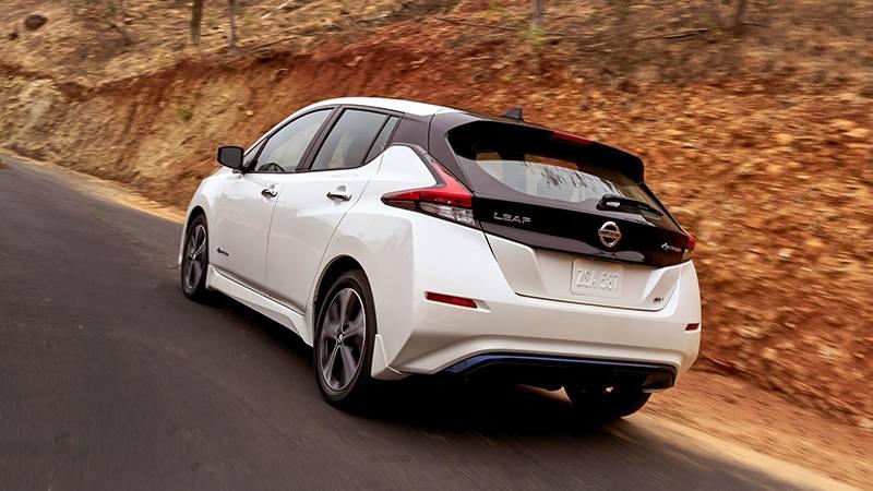 Новый Nissan Leaf: больше мощности и автономности