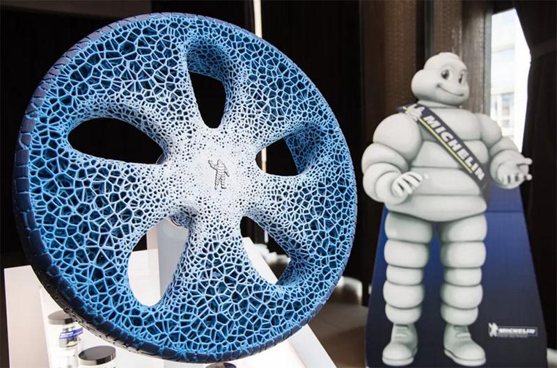 Michelin показала колесо для беспилотных автомобилей будущегоMichelin показала колесо для беспилотных автомобилей будущего