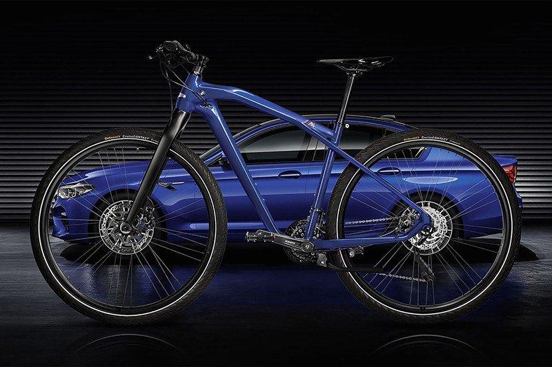 BMW выпустит двухколесную «эмку»
