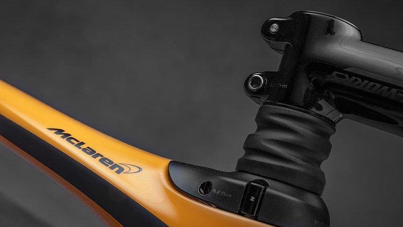 McLaren отметил гоночный юбилей велосипедом