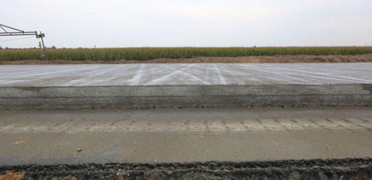 Дорожное покрытие из тяжелого бетона - инновация при реконструкции автодороги Минск-Микашевичи