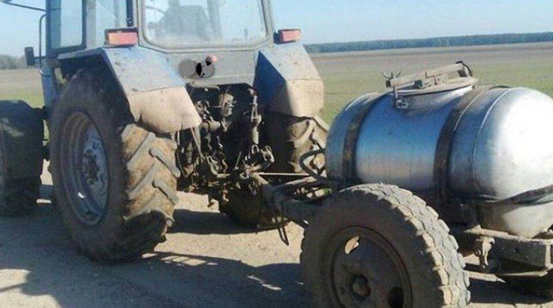 В Ивановском районе «Рено» во время обгона столкнулась с трактором