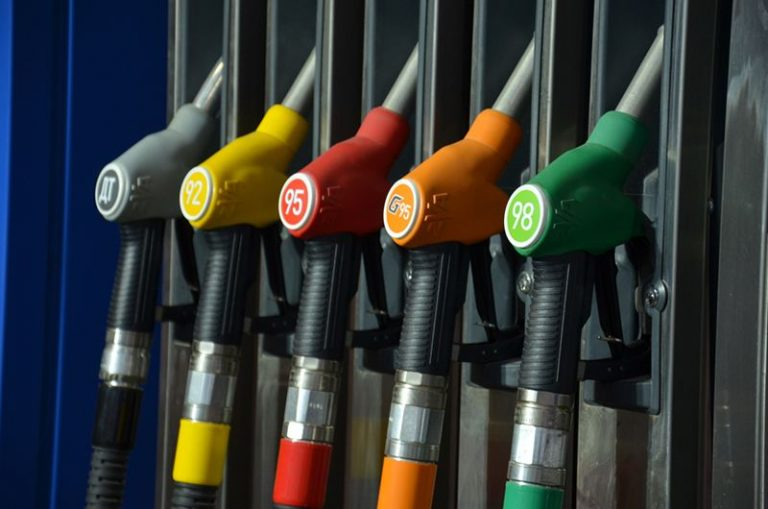 В Северной Корее запретили продавать бензин