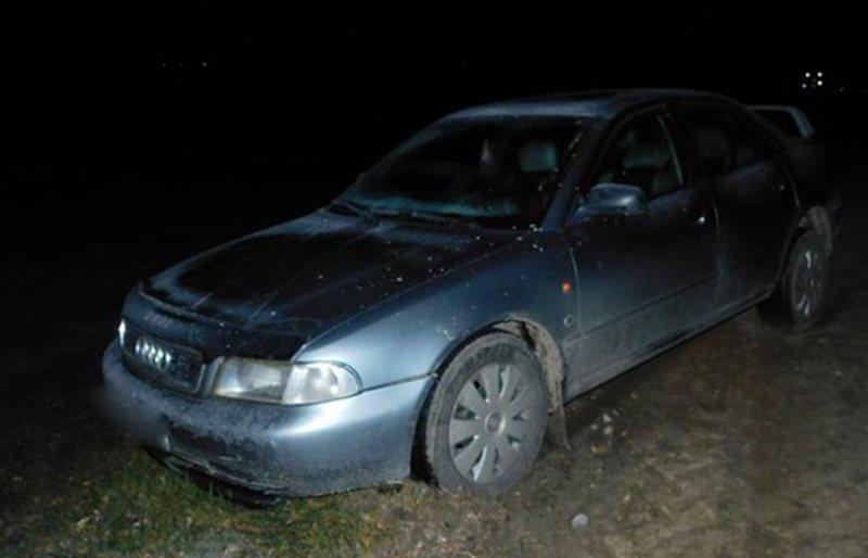 В Любанском районе, на лежащего на дороге мужчину, наехал автомобиль