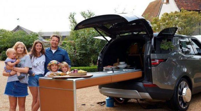 Land Rover построил уникальный автомобиль-кухню