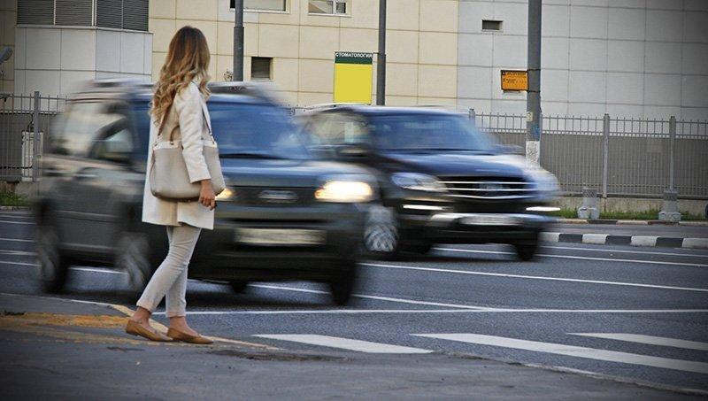 В России увеличивается штраф за непропуск пешеходов