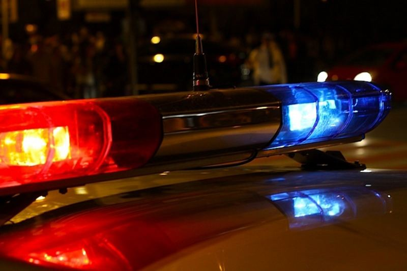 На трассе М1 женщина выпала из прицепа трактора и по ней проехали 2 авто