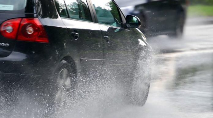 ГАИ дает рекомендации автомобилистам при осенней непогоде