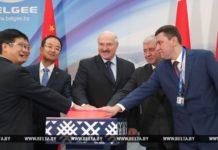 Президент Беларуси Александр Лукашенко на открытии завода Geely