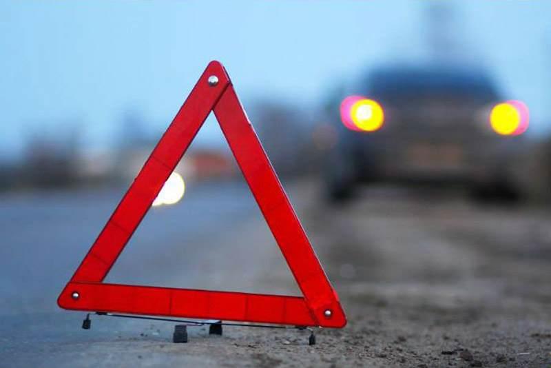 На трасе М1 у «Пежо» слетело колесо и попало в «Ситроен». Погибла женщина