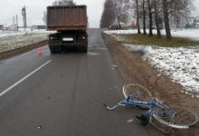 В Минской области грузовик насмерть сбил пенсионерку