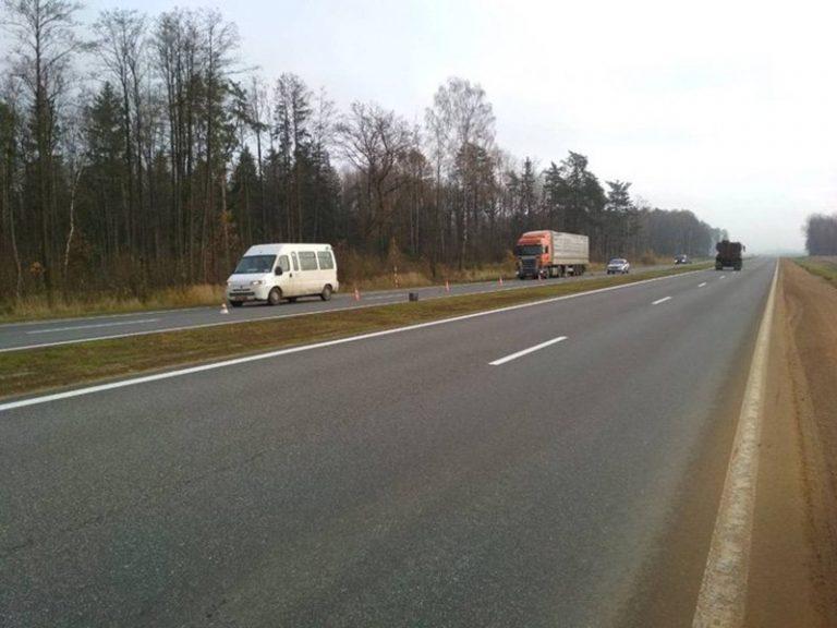 Разыскивается водитель иномарки, насмерть сбивший пешехода в Щучинском районе