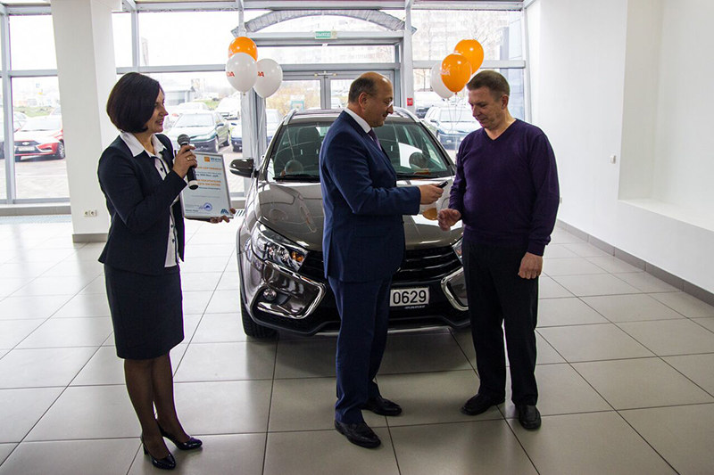 «Минск-Лада» представил новые модели - Lada Vesta SW и SW Cross