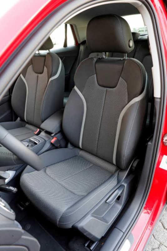 Сравнительный тест автомобилейAudi Q2, Peugeot 3008 и Toyota C-HR