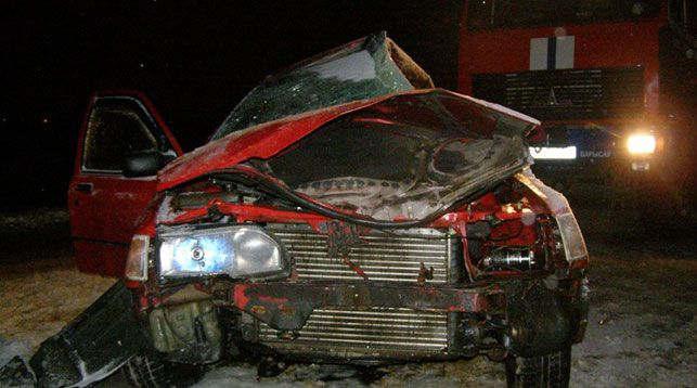 Водитель Ford погиб в результате столкновения с грузовиком в Борисове