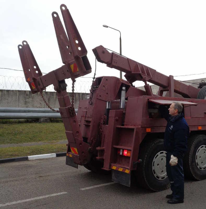 Эвакуатор УАЭ-5018-08-6312А8 на шасси МАЗ
