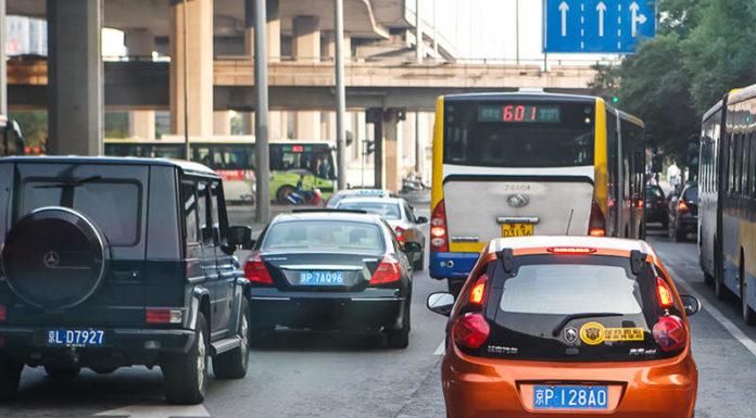 Китай запретил производство 553 моделей автомобилей